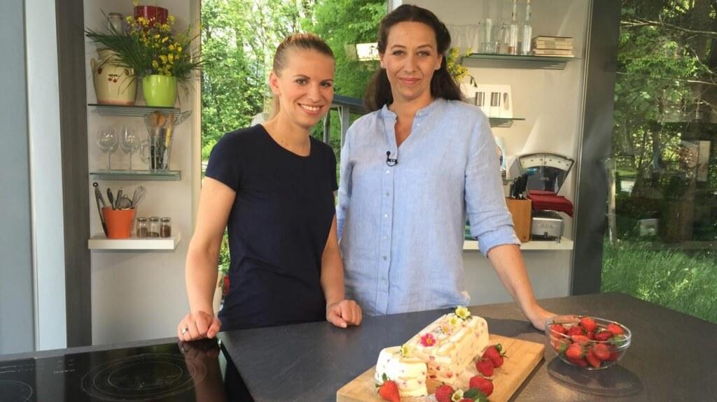 orf-salzburg-erdbeer-tiramisu-zubereiten