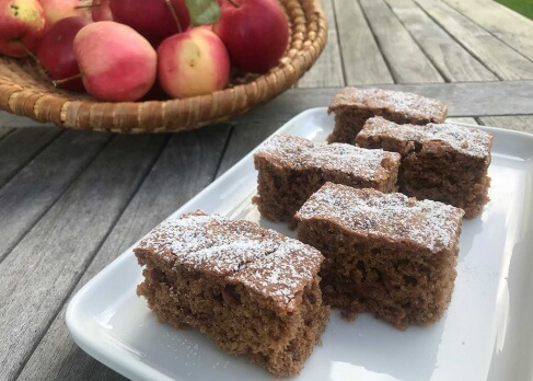 Schoko-Apfel-Blechkuchen